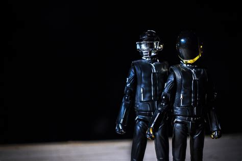 Took a photoshoot of my Daft Punk Figuarts! This is the ...