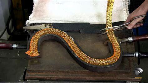 fabrication d un lustre le processus de fabrication d un lustre en cristal de baccarat chambre237