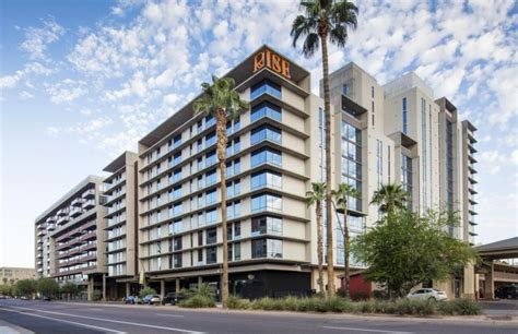 Rise On Apache Apartments In Tempe, Arizona