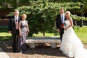 8 tips to plan your perfect Illinois State University wedding