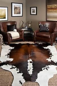 comment adopter la peau de vache dans linterieur With tapis peau de vache avec canape cuir marron angle