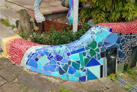 Fliesen Bemalen Aussenbereich by Beton Und Mosaik Nettis Abstrakte Wandbilder
