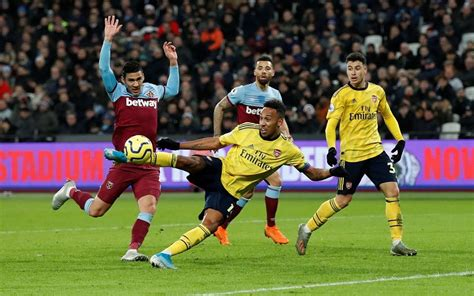 Arsenal vs West Ham United Live Stream, Preview & Betting