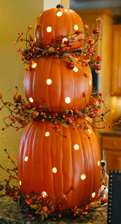 26 Cozy Fall Décor Ideas With Lights Shelterness