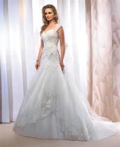 ã e mariage le de robe de mariée empire du mariage 2013 modèle le jour se lève