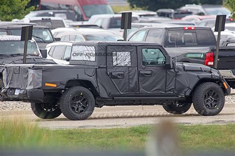 New Jeep Wrangler Truck by Jeep Wrangler Spied Testing With New Rubber