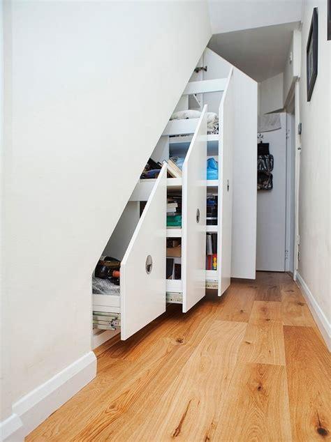 rangement sous escalier rangement sous escalier et id 233 es d am 233 nagement alternatif