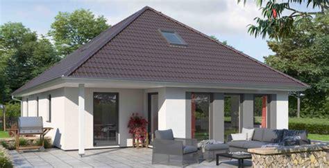 günstig haus bauen bungalow bungalows massivhaus bauen mit ytong bausatzhaus