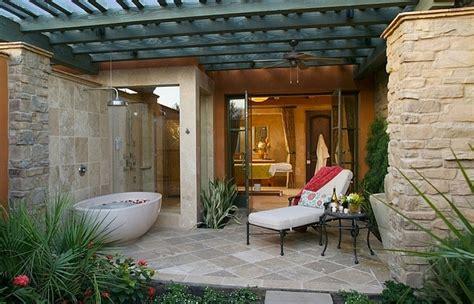 nicest outdoor bathroom ideas