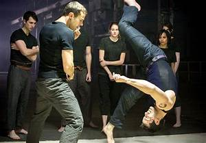 'Divergent' delivers crazy stunts in a new kind of action ...