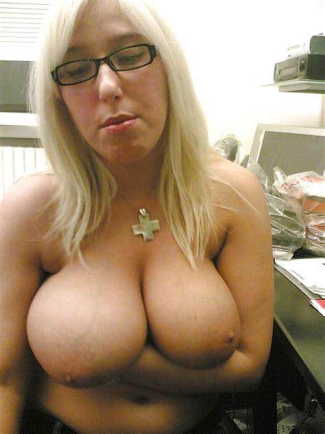 Nackte Frauen Mit Brille 7 Vollbusig Special Porno