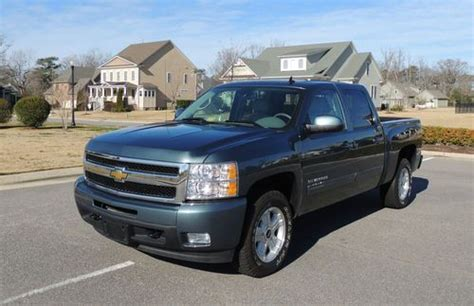 Purchase Used 2011 Chevy Silverado Ltz 4wd In Suffolk