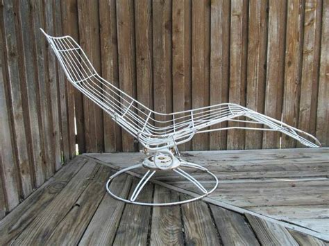 chaise metal vintage 45 best images about vintage iron patio on