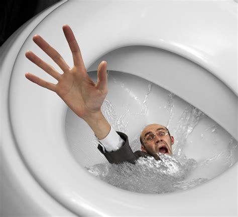 10 things successful do during toilet breaks 171 andrewjthomson