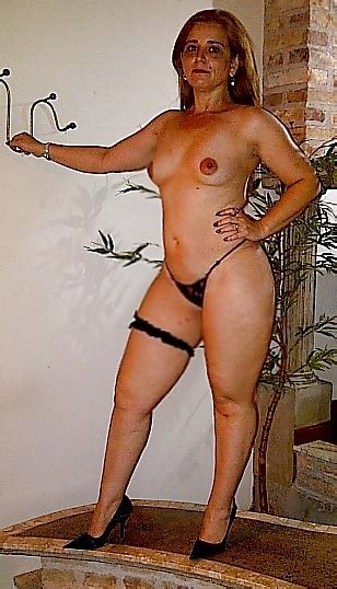 My Curvy Brazilian Wife Showing Her Fuckable Juicy Body