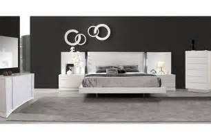 Seville Bedroom Set by Bedroom Sets Seville White Size Bedroom Set