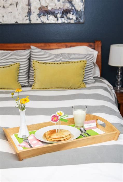 mothers day breakfast  bed kit paging supermom