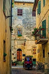 Italian Summers in Pienza (Tuscany) by Harry Otani Italian Summers, Pienza, beautiful