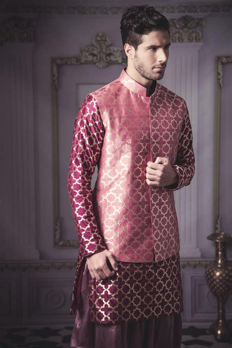 grooms guide    wear   mehendi
