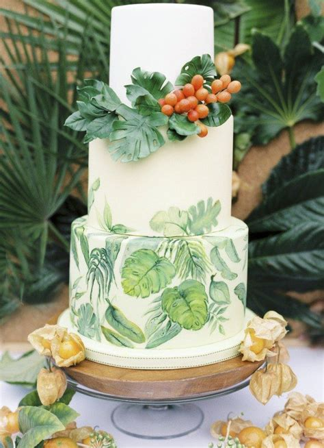 summery wedding cakes decorated  tropical monstera