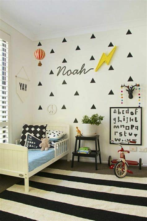 insonoriser un mur de chambre décorer un pan de mur avec nos idées en 42 photos