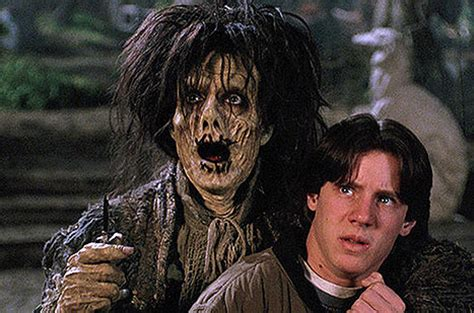doug jones hocus hocus pocus cast reminisces about the halloween classic 22
