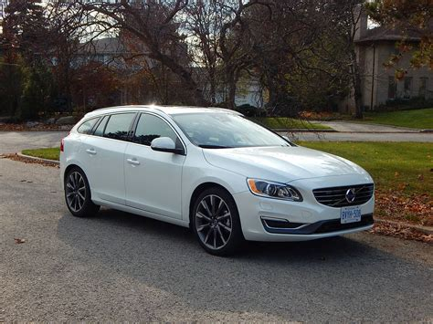 Volvo V60 T5 by Car Review 2015 Volvo V60 T5 Drive E Sportswagon Driving