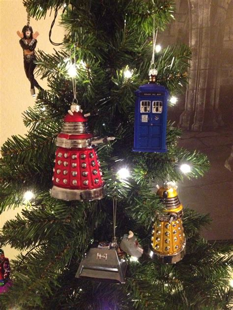 doctor who christmas tree ornaments doctor who tree ornaments the world of kitsch