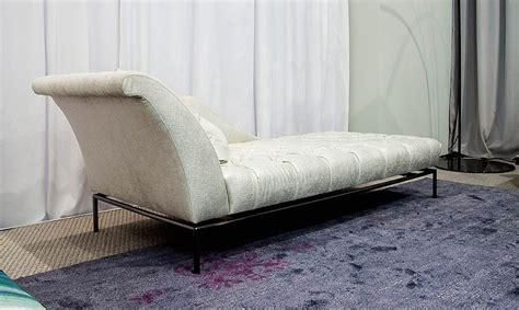 chaise capitonn autografo capitonne luxury designer chaise lounge
