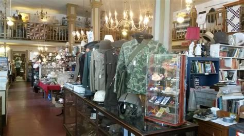 find  great antiques    places  west virginia