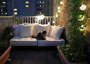 Cozy decorating ideas for small apartment patios how to for Apartment patio decor ideas