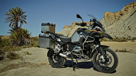 Bmw R 1200 Gs Backgrounds by Bmw Gs 1200r Desert Wallpapers Hd Desktop And Mobile