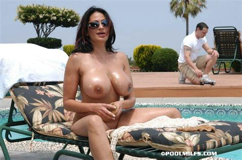 sexy busty mom seduces her neighbor and giv xxx dessert picture 4