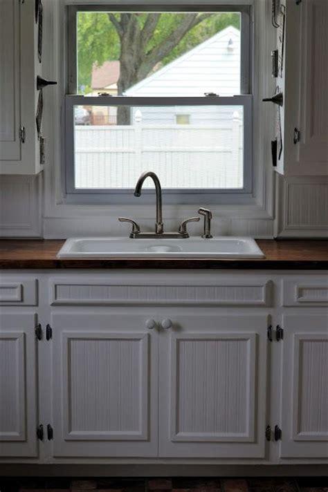beadboard wallpaper kitchen cabinets cabinet wallpaper wallpapersafari 4377