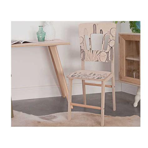 bureau en bois moderne chaise design en bois clair moderne et tendance ernest par