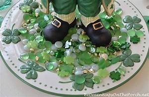 St Patrick's Day Table Setting and Decorations