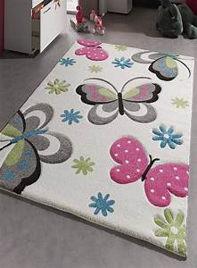 tapis chambre enfant kids papillons creme de la collection With tapis chambre de fille