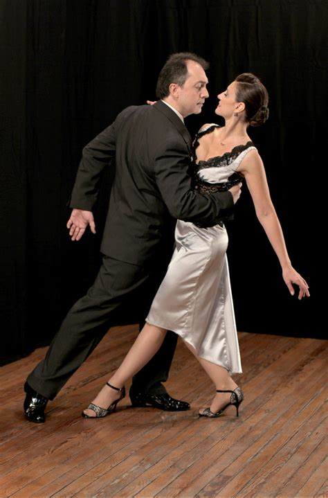 Celebrated professional tango dancers open Boulder Tango ...