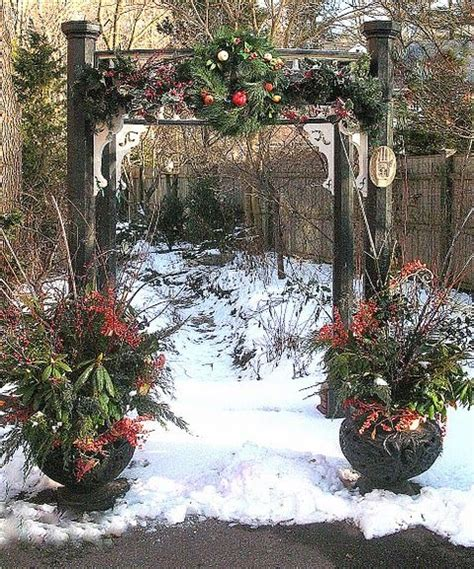 christmas planters part            outdoor