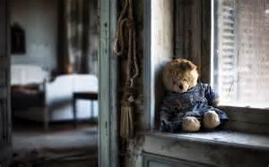 teddy, , bear, , sad, , lonely, , windows, , house, , poor, , life