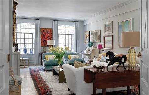 Urban Apartment Decorating In Eclectic Style Highlighting