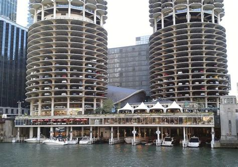 chicago parking garages where to park for the 2017 chicago auto show the news wheel