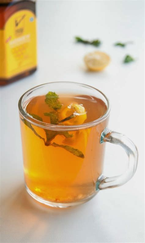 tea for cold 11 diy cold and flu tea recipes that will make you feel better shelterness