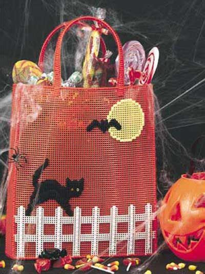 halloween tote  plastic canvas pattern   day