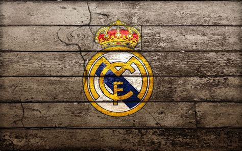 football game    meaning  real madrid logo