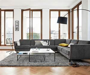 deco salon le gris nous fait de l39oeil cote maison With tapis de marche avec canapé bo concept