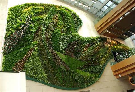 Vertical Garden by Icon Hotel Hong Kong Polytechnic Vertical