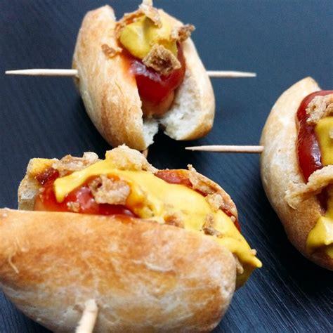 mini hot dogs thinksimplefoodde rezept fingerfood
