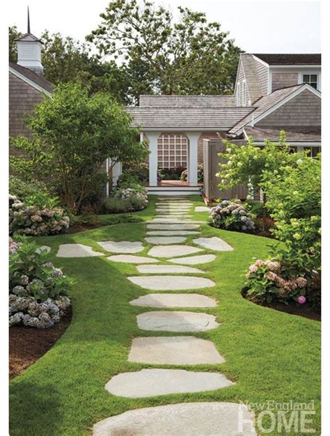 front walkway landscape walkway idea and landscaping design walkway ideas pinterest walkway ideas landscaping