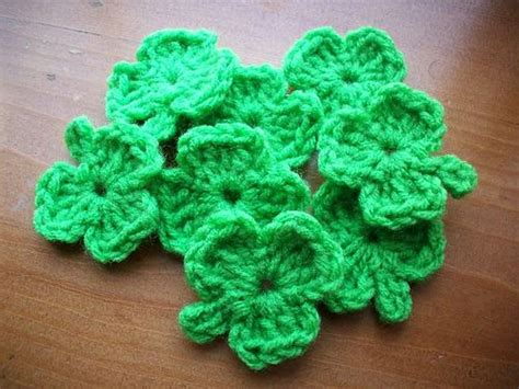 Shamrock Crochet Pattern. This Makes A Cute 4 Leaf Clover